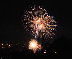 Fireworks (Fast an' Bulbous) Tags: longexposure november autumn england night dark nikon fireworks flash tripod explosion northamptonshire gimp firework bang kettering wicksteedpark fireworkdisplay d300s