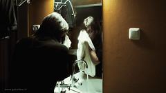 Wende Snijders . . . (Geraldos ) Tags: musician nikon artist raw mood tour small atmosphere noflash gerald dressingroom pure preperation d800 puur vorbereitung wende oosterpoort verysmall snijders wendesnijders voorbereiding 3minutes geraldos geraldemming tamron2470f28 wendepuntnu wendedotnu