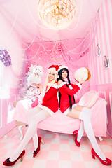 K-ON! Christmas (bdrc) Tags: asdgraphy kon cosplay girls portrait group christmas santa present gift cupcat studio indoor pink space teddy qimiao grace asleno isme tokina 1116 ultrawide sony a6000