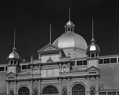 Royal Aberdeen Pavillion, Ottawa (Howard Sandler (film photos)) Tags: cattlecastle aberdeenpavillion ottawa architecture blackandwhite film filter monochrome 4x5 largeformat graflex pacemaker graphic hp5 xtol wollensak