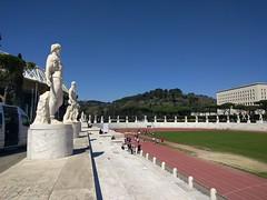 IMG_20170329_130609 (paddy75) Tags: italië rome roma foroitalico stadiodeimarmi stadion groundhopping standbeelden
