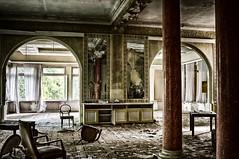 Tanztee (Enri-Art) Tags: lostplace vergänglich verlassen irgendwo abandoned verfall deutschland grandhotel schönheit verloren gebirge