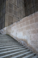 MCA, Chicago (pantagrapher) Tags: plinth museum contemporary art chicago downtown river north gold coast stairs concrete brutalism architecture ricoh grii