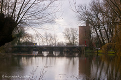 #puente #bridge #2016 #brujas #brugge #bruges #bélgica #belgium #ciudad #city #viajar #travel #viaje #trip #paisaje #landscape #canal #channel #agua #water #reflejos #reflexes #photography #photographer #picoftheday #sonystas #sonyimages #sonyalpha #sonya (Manuela Aguadero) Tags: landscape trip brujas bridge city sonystas 2016 reflexes water sonya350 sonyimages ciudad brugge puente bélgica viajar channel picoftheday belgium photography sonyalpha sonyalpha350 paisaje reflejos photographer alpha350 agua bruges canal viaje travel