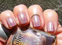Color Club Cosmic Fate (Simona - www.lightyournails.com) Tags: holographic coral colorclub esmalte smalto vernis manicure unghie nails nailpolish nagellack naillacquer nailswatch