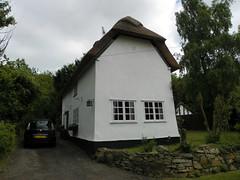 GOC Barley 082: Roselyn Cottage, Reed (Peter O'Connor aka anemoneprojectors) Tags: 2013 building cottage england gayoutdoorclub goc gocbarley gochertfordshire hertfordshire hertfordshiregoc herts house reed roselyncottage z981 kodakeasysharez981 kodak uk