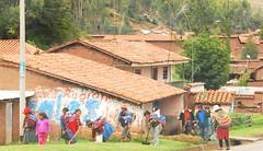 Trabajo colectivo (pierre pouliquin) Tags: peru cuzco work mujer cusco gumtree colectividad qosqo collectivity trabajocolectivo