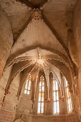 Seu Vella de Lleida (jacqueline.poggi) Tags: sculpture espaa architecture spain cathedral catedral cathdrale catalunya espagne catalua lleida seuvella catalogne lrida architecturereligieuse