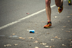 Imminent Cup Demise (HOARYHEAD) Tags: minnesota minneapolis runner watercup twincitiesmarathon minneapolismn tcmarathon imminentdemise nikond700 nikon28300mm 1062013 twincitiesmarathon2013