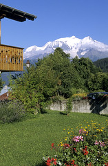 Cordon, massif du Mont-Blanc (Ytierny) Tags: panorama france vertical montagne village altitude chalet tradition paysage habitat arbre montblanc massif hautesavoie cordon nv alpesdunord ytierny