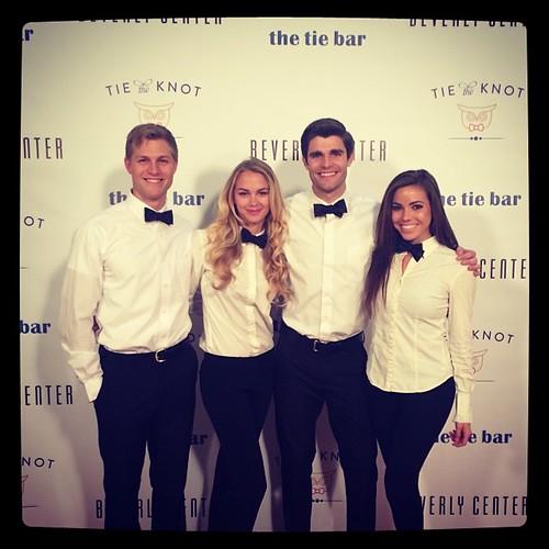 It was a great party tonight for Tie the Knot pop up! #tietheknot #thetiebar #events #beverlycenter #kettleone #bartenders #specialtydrinks #models #modernfamily #200proofla #200proof