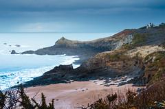 Sur la cte cancalaise - Brittany's seascape (Luc Neuville) Tags: sea mer seascape nature nikon brittany bretagne elements paysage cancale ringexcellence vpu1