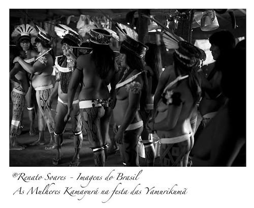 Aldeia Kamayurá durante as comemorações do Yamarikumã - As Hipermulheres