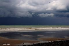Orage sur la mer (didier95) Tags: mer ciel normandie dieppe nuage paysage plage orage