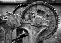 _MG_8547 (Mary Susan Smith) Tags: autumn fall texture metal contrast blackwhite mechanical ottawa superhero gears rideaucanal gamewinner thechallengefactory tcfwinner herowinner storybookwinner
