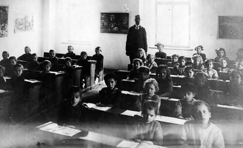 Aschach School Austria 1907