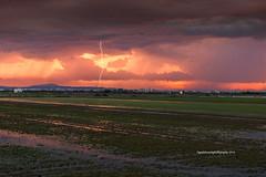 """Tormenta en los arrozales"" (Pepelahuerta) Tags: nubes tormenta atardeceres rayos parquenatural arrozales laalbufera paisales canon6d canonef70200isusm singhrayfilters ultraangulares pepelahuerta"