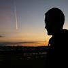 Danco (Jone Bizarro) Tags: atardecer sunset hendaya cielo estela avion plaintrails sky hombre man