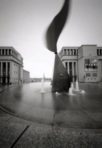 Bruxelles through a pinhole