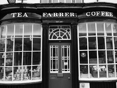 TEA SHOP (Davesuvz) Tags: old england bw black english stone blackwhite alley cottage backstreet cobble alleyway cobbles