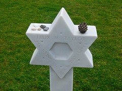D-Day (Le Choc) - Star of David in American Cemetery Above Omaha Beach (mahteetagong) Tags: david france cemetery grave star nikon wwii american marker normandy dday tokina1224mmf4 d80