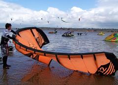 National Kitesurfing Championships (billnbenj) Tags: beach kitesurfing cumbria barrow walney walneyisland earnsebay nationalkitesurfingchampionships2008