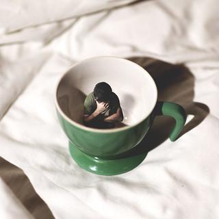 stare sulla tazza senza avere niente da leggere