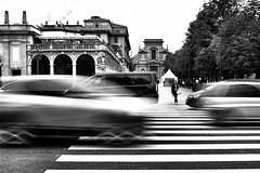 Zebra (Village9991) Tags: woman crossing zebra bergamo