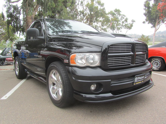 2004 truck rumble bee dodge ram