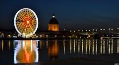 Jeu de lumière avec Toulouse Plage, Haute-Garonne, Midi-Pyrénées (lyli12) Tags: nikon lumière illumination reflet toulouse garonne ville roue hautegaronne midipyrénées poselongue d7000