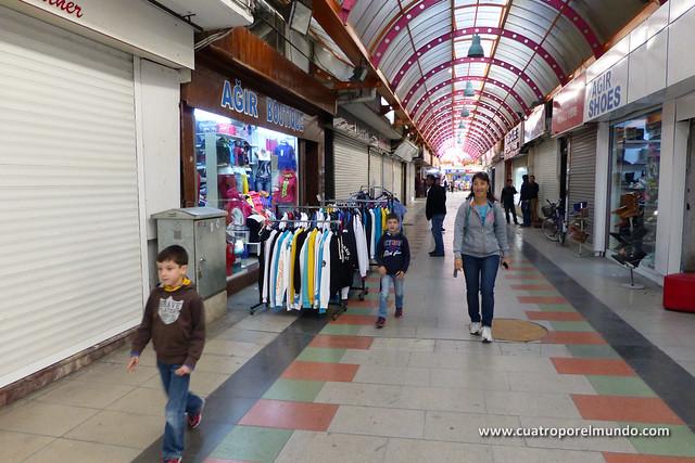 Atravesando el bazar