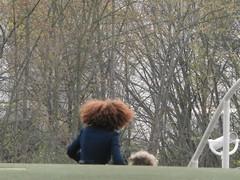 muoversi per dar aria al sottobosco (Roberto Urios) Tags: paris hair pelo parigi capelli cheveux cheveu