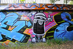 SPRAY PAINT CAN MAN (STILSAYN) Tags: california graffiti oakland bay east area 2014