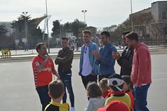 els jugadors visiten el collegi sant pau apstol