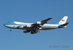 82-8000 - Air Force One (dcspotter) Tags: 828000 airforceone usairforceone airforce1 af1 planespotting spotting blendqatipi dcspotter airliner passengeraircraft aircraft airline airplane jet jetliner transport airtransport airtransportation transportation 2017 andrewsairforcebase andrewsafb andrewsjointbase usairforce usaf kadw adw campsprings maryland md usa unitedstates unitedstatesofamerica boeing 747 747200 747200b b742 742 vc25 vc25a unitedstatesairforce airforce armedforces governmentagency usgovernmentagency governmentaircraft vipaircraft militaryaircraft military militarytransport president trump