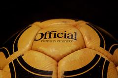 TANGO RIVER PLATE DURLAST YELLOW OFFICIAL FIFA WORLD CUP ARGENTINA 1978 ADIDAS MATCH BALL 10 (ykyeco) Tags: tango river plate durlast yellow official fifa world cup argentina 1978 adidas match ball 阿迪达斯足球 pallone ballon balon soccer football fussball spielball omb palla pelota 球ボール 공 bola мяч ลูกบอลكرة top pilka matchball
