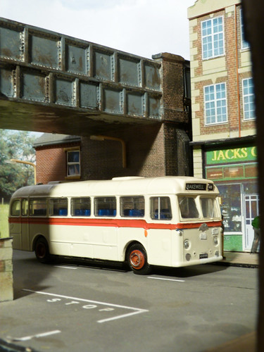 Hulleys of Baslow No.24, Leyland Tiger, High Street.