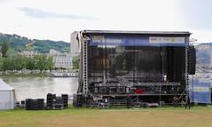 Linzfest 2013 -Tag 3 (austrianpsycho) Tags: water river linz wasser stage fluss danube donau ende donaupark linzfest abbauen bühne donaulände 20052013 linzfest2013