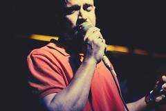 rodrigo costa (Breno Galtier) Tags: show red braslia canon 50mm lights concert eyes hands bokeh live fingers singer microphone f18 loshermanos ventura forfun 10anos rodrigocosta vscofilm arenafutebolclube brenogaltier