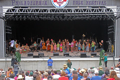 August 2013 - Philadelphia Folk Festival (Keith_Beecham) Tags: usa unitedstates pennsylvania august philadelphiafolkfestival mckayla schwenksville 2013 philadelphiafolksongsociety childrensband