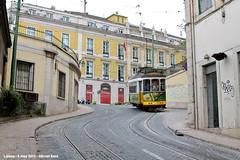 Calçada de São Francisco (ernstkers) Tags: ccfl carris streetcar tram tramvia tranvia trolley portugal lisboa lisbon 543 ccfl543 strasenbahn eléctrico lissabon lisbonne bonde spårvagn
