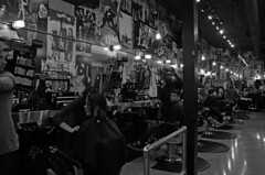 Floyd's 99 Barbershop (tacosnachosburritos) Tags: park street city people urban chicago grit photography thestreets windy gritty neighborhood wicker westtown
