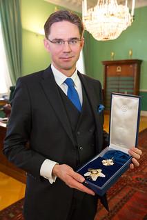 Pääministerille Suomen Valkoisen Ruusun suurristi