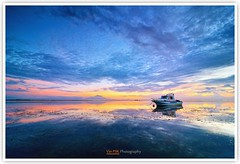 Reflection(Nusa Dua, Bali) (Vin PSK) Tags: bali seascape reflection sunrise indonesia landscape nusa dua