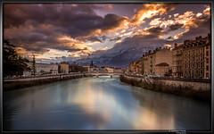 Les Berges de l'Isre (wanajo38) Tags: sunset sign clouds grenoble nuages coucherdesoleil isre rhnealpes labastille