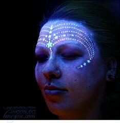 blacklight stars tattoo design on face (tattoos_addict) Tags: face tattoo stars design blacklight startattoo