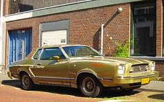 1974 Ford Mustang II 2.8 V6 (rvandermaar) Tags: ford 1974 ii 28 mustang fordmustang v6 mustangii fordmustangii sidecode6 92dzps