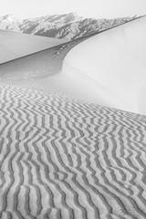 Patterns (Rkitichai) Tags: sand sanddunes deathvalley desert patterns blackandwhite blackandwhitelandscape bw monochrome mountain nationalpark rkitichaicom travelphotography fbmetravelnutzrpt travelnutzmn outdoor wanderlust nature landscape landscapephotography