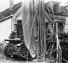 StuH42 podczas walk w Arnhem, IX.1944