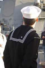 USS Lassen70 (Sagland) Tags: ship navy melbourne destroyer sailor nautical usn warship arleighburke stationpier ddg usslassen ddg82 arleighburkedestroyer